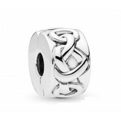 798035 - Clip Pandora...