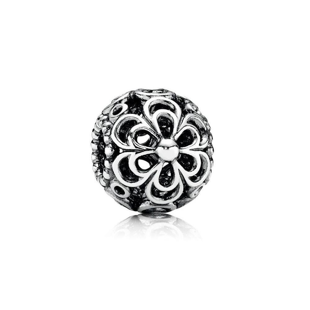 Charm Pandora de plata de ley. Flores.